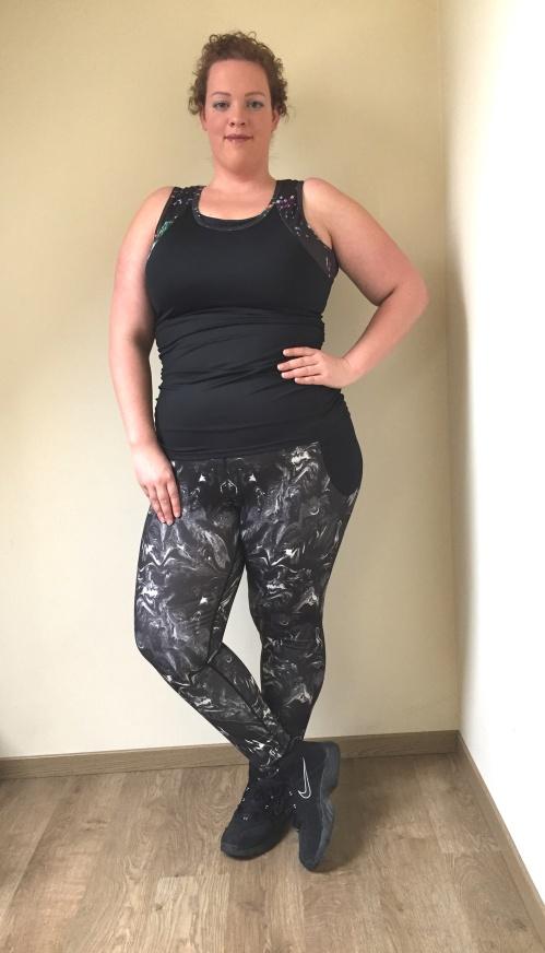 pluss ize fitness legging en top van Anna Scholz