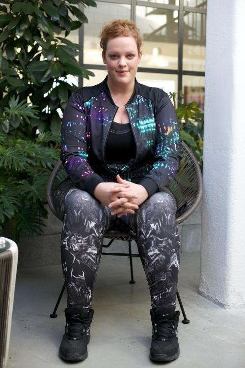 plus size fitness tenue van Anna Scholz