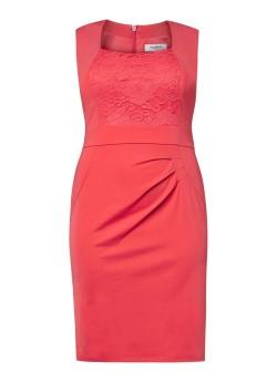 red plus size bodycon dress van Studio 8 via de bijenkorf