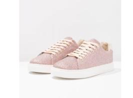Suzy sneaker van Only, via Zalando