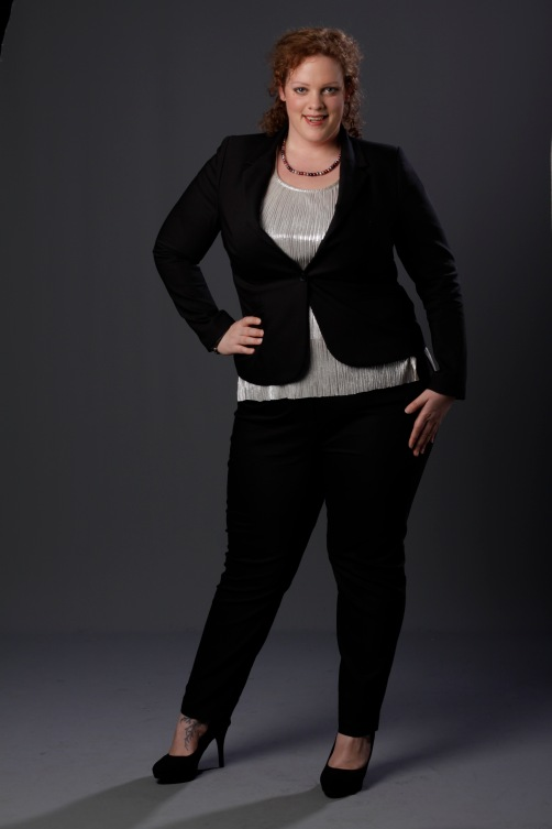 plus szie zwart mantelpakje met zilveren top van MS mode